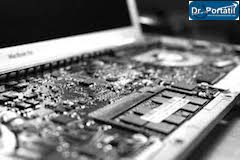 Apple_MacBook_Pro_A1260_placa_base_desmontando_sin_teclado-donderepararportatil.com