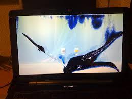 pantalla_liquido_vertido-donderepararportatil.com