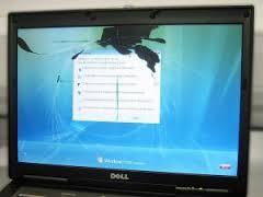 pantalla_liquido_vertido_presion-donderepararportatil.com