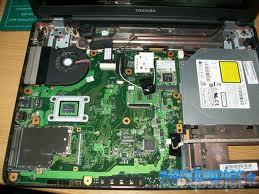 toshiba_satellite_L500-128_PSLJ3E_placa_base-donderepararportatil.com